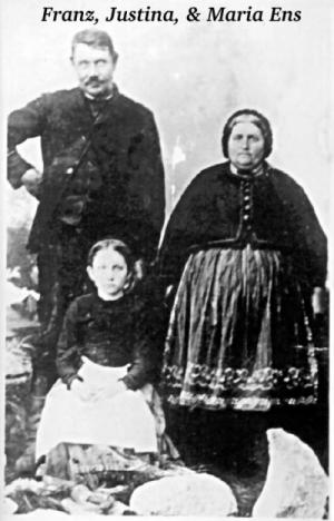 JPG Pic of Franz,             Justina, Maria Ens (1890?) [CLICK FOR LARGER]
