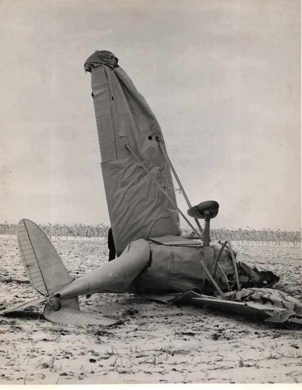 JPG Plane Crash Pic #1
